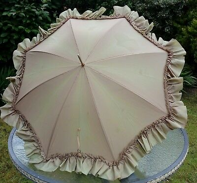 Hello Dolly Vintage 1960s taupe brown frilly ruched edge umbrella parasol Lawtex