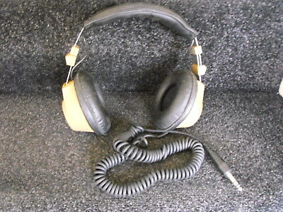 Retro from the 1970's REALISTIC TANDY 40 HEADPHONES