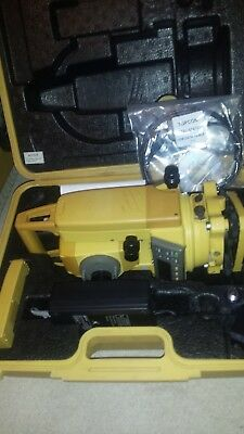 Topcon GTS 225 Total Station in good condition. Calibrated