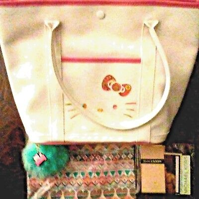 Hello Kitty Sanrio White Purse with lining and Green Pompom w/Charm