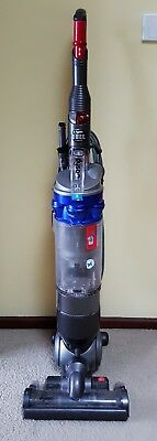Dyson vacuum cleaner DC18 slim upright in good working order, & cleaned