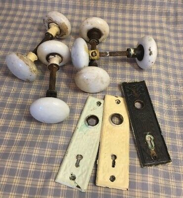 LOT OF 8 ANTIQUE WHITE PORCELAIN DOOR KNOBS And 3 Art Deco Back Plates Genuine
