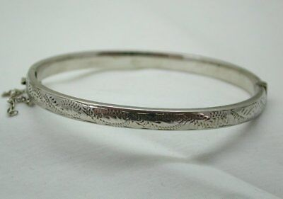 Vintage / Antique Sterling Silver Narrow Engraved Hinged Bangle Small Wrist Size
