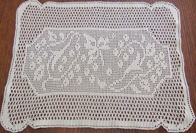 Superb Ecru Finely Hand Crocheted Vintage Centre With Central Filet Pattern