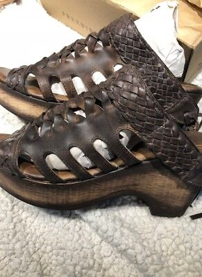 Freebird by Steven Honey CLOG BLACK/WINE OR BROWN MSRP $170 Runs 1/2 small