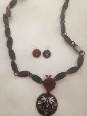 VINTAGE FAUX TORTOISE SHELL necklace with matching earrings with mother of pearl