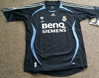 Real Madrid 2006/2007 Goalkeeper shirt.  Large. Adidas. Brand new with tags.