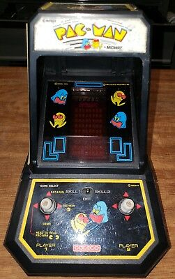 1981  Coleco Pac-Man Mini Arcade Table Top Game (WORKS!)