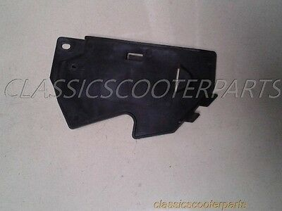Yamaha 1982 VISION plastic battery cover y82-xz550-077