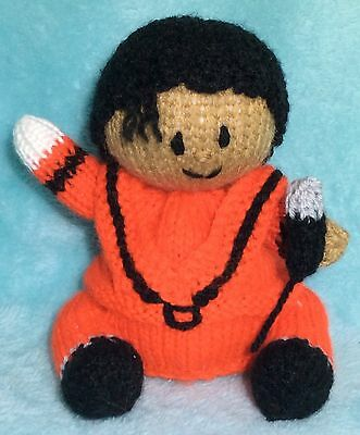 Sherlock Holmes inspired chocolate orange cover KNITTING PATTERN 16 cms toy