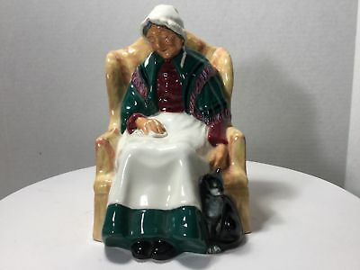 Royal Doulton Figurine Forty Winks HN 1974 Old Lady Sleeping on Chair with Cat