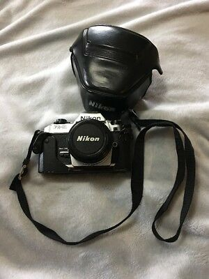 Nikon Fg-20 35mm SLR Film Camera With Case And Lens