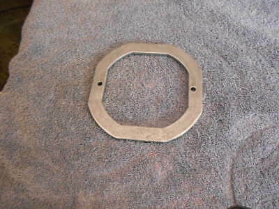Beaver Top globe hold down ring with screws