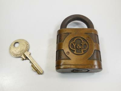 Vtg Antique Brass YALE & TOWNE PADLOCK With Working Key Old Rustic Y&T Lock L08