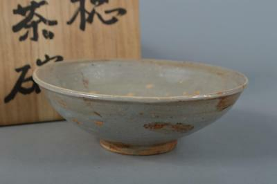 M3121: Korean Joseon Dynasty Buncheong White glaze TEA BOWL Green tea tool w/box