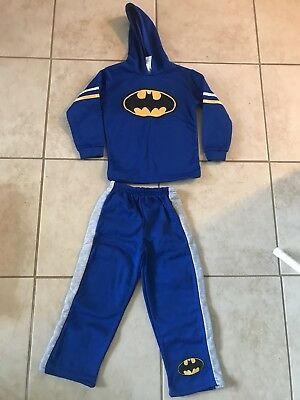 Boys Batman pajamas Size 6