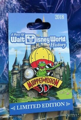 Disney Muppet Vision Piece Of History Pin Kermit The Frog POH LE 1500 Pin NEW