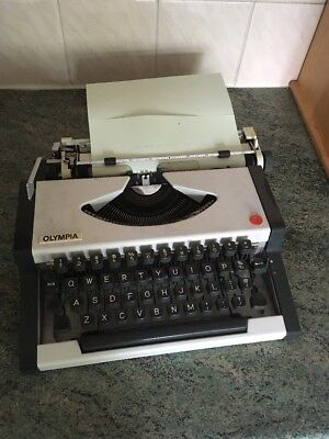 Vintage Portable Typewriter Olympia Traveller With Case Western Germany Retro Ol