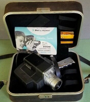 Director Series Electric Eye Bell & Howell Zoomatic 8mm Movie Camera & Case 434