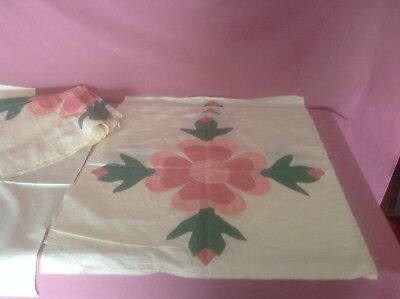 8 Vintage Expertly Appliqued Hand quilted Quilt Blocks & 8 Blocks. AN