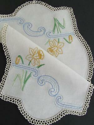 Lovely Hand Embroidered Vintage Centre - Yellow Daffodils - Crocheted Edging