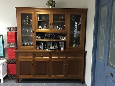 Buffet and Hutch - 2 pieces (accessories not included)