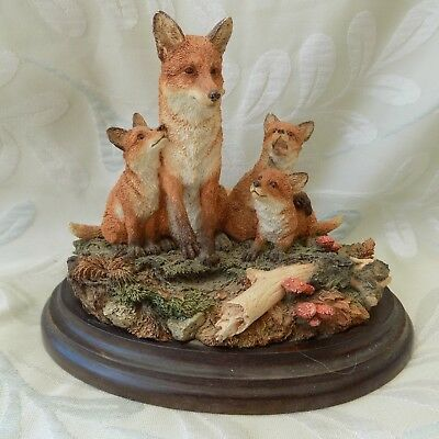 """Country Artists """"The Fox family"""" CA874. Mounted figurine."""