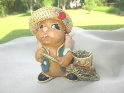 Tidypatch Family Circle Special Edition  Pendelfin  Figurine