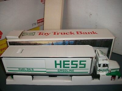 1987 Hess Oil Company Toy Tanker Truck In Original Packaging