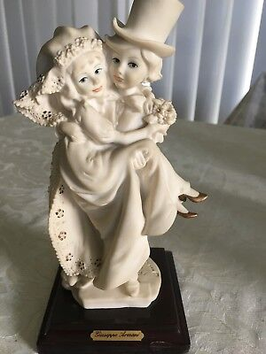 Giuseppe Armani Figurine Just Married -- Magic Memories collection Florence 1986