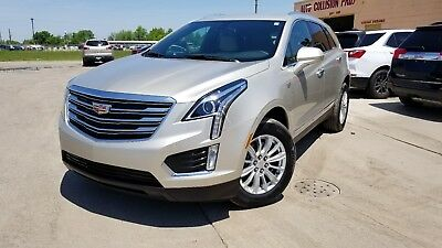 2017 Cadillac XT5 Base 2017 Cadillac XT5 Base like new in and out rebuilt title SAVE !!!