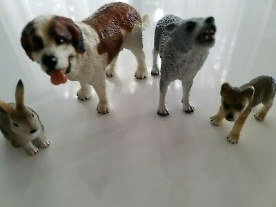 Schleich Lot 0f 4 - wolves, dog and rabbit