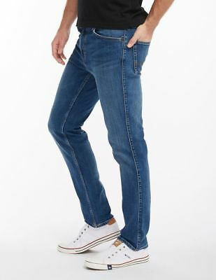 Mustang Tramper Tapered Stretch, W30 - to - W42 / *WOW* / super stone washed