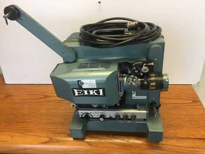 Eiki Ex-2000A 16Mm Movie Projector In Good Condition W/ Extras & Anamorphic Lens