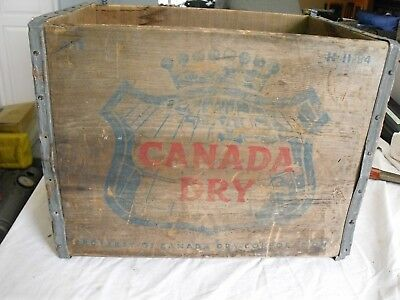 Vtg Wooden Canada Dry    Wooden Crate wood