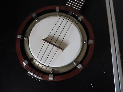 Banjo-Uke Maker Unknown - Clean Sounding -  Nice Tone - With Case