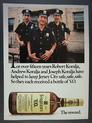 1985 Jersey City NJ Police Officers Cops photo Seagram's VO vintage print Ad
