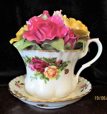 """ROYAL  ALBERT   """"Old Country Roses""""    Musical Teacup with Applied Flowers"""