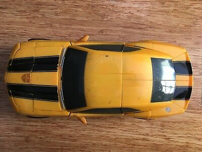 Transformers 2007 Ultimate Bumblebee
