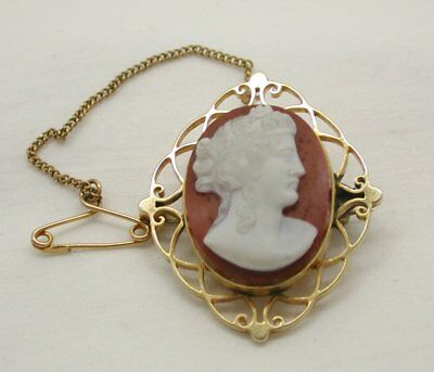 Circa 1880 Victorian 15 Carat Gold Mounted Layered HardStone Carved Cameo Brooch
