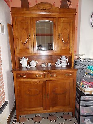 Ancien buffet