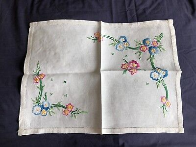 Superb Vintage White Irish Linen Hand Embroidered Tray Cloth / Table Centrepiece