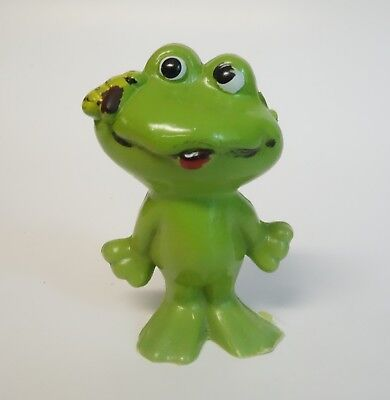 Vintage Frog & Bee Or Fly Hard Plastic Figurine Toy Made In Hong Kong