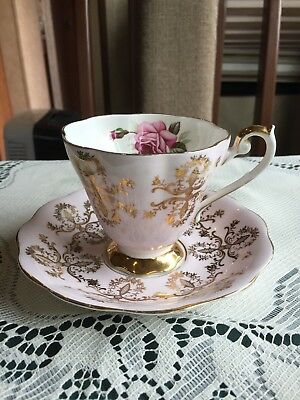Royal Standard Fine Bone China Tea Cup and Saucer Pretty in Pale Pink & Gold
