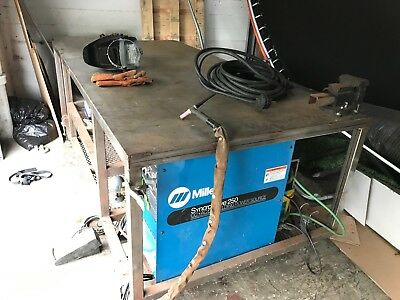 Miller Syncrowave 250 AC/DC Tig Welder and 4x8 Welding Table