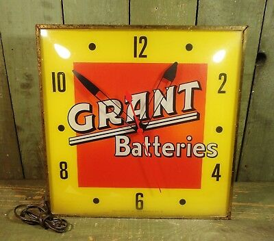 Vintage Grant Batteries Advertising Pam Clock Lighted Sign