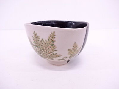 92271# Japanese Tea Ceremony Two-Color Glaze Tea Bowl / Chawan Plant