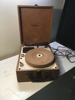 Vintage Travler Phonograph Record Player In Working Order/ Vintage Record