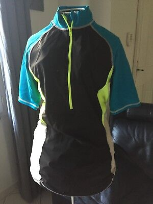 maillot velo cycliste vtt  comme neuf xs ou 12/14 ans manches courtes