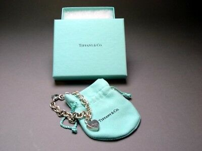 Tiffany & Co Sterling Silver MOM Heart Padlock Pendant Charm Bracelet 7 Inches